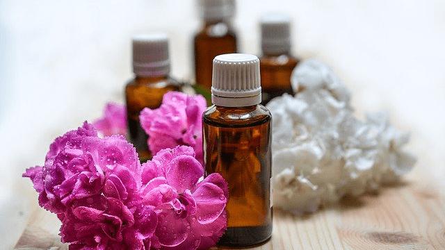 花粉症 アロマオイル 効果的